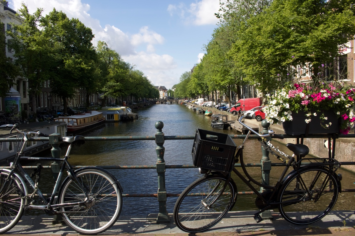 Amsterdam-The Beginning of an Amazing Summer Vacation